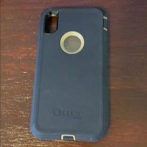 iPhone XS Max Otterbox defender series w clip